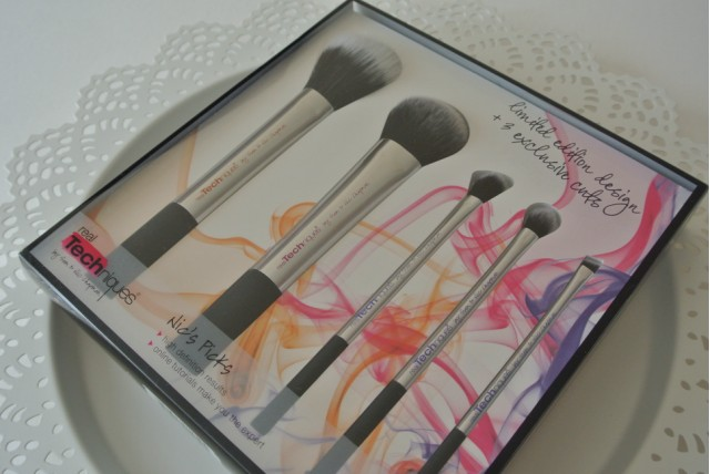 Real Techniques Nic's Picks Make-Up Brush Set | Review